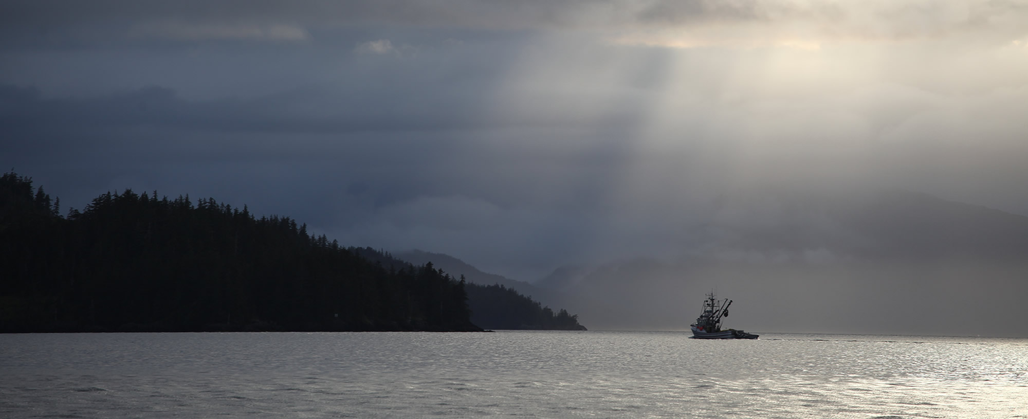 alaska-whittier-fjord